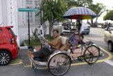 Велорикша в ожидании клиентов