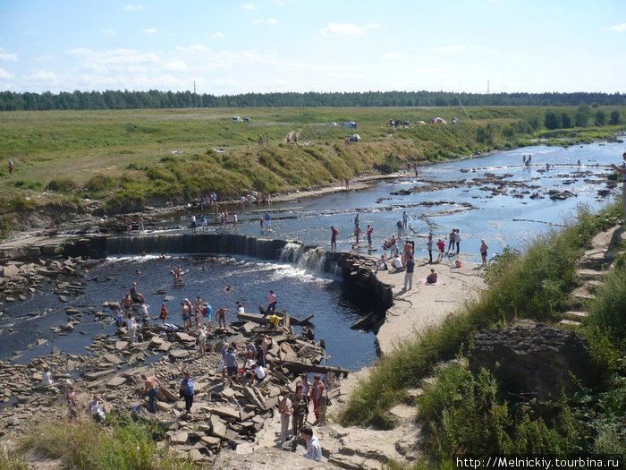 http://img.tourbina.ru/photos.3/2/9/292693/big.photo/Sablinskie-petstchery-i-vodop.jpg