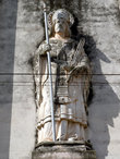 Статуя на соборе
