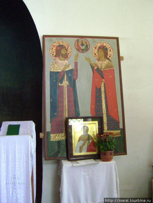 Икона с изображением князей-страстотерпцев Бориса и Глеба в Ильинском приделе собора