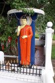Будда под деревом бодхи