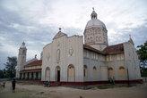 Католический собор в Маннаре