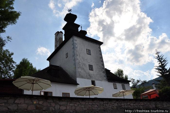 В Банской Штявнице древние памятники обживают рестораторы и отельеры, и делают это с уважением к старине. А городок становится уютней!