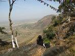 Вид  с вершины Гридхракуты  на современный Раджгир