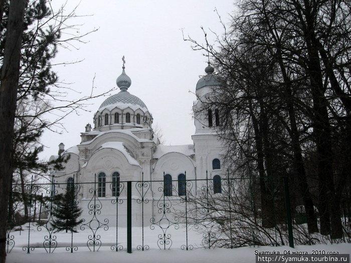 Воскресенский храм в Бонячках.