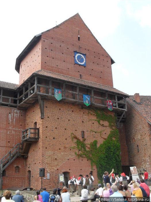 Небольшой фото-обзор по Турайдскому замку. Турайда, Латвия