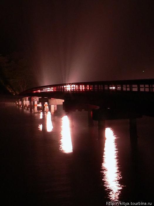 Пешеходный мост на один и