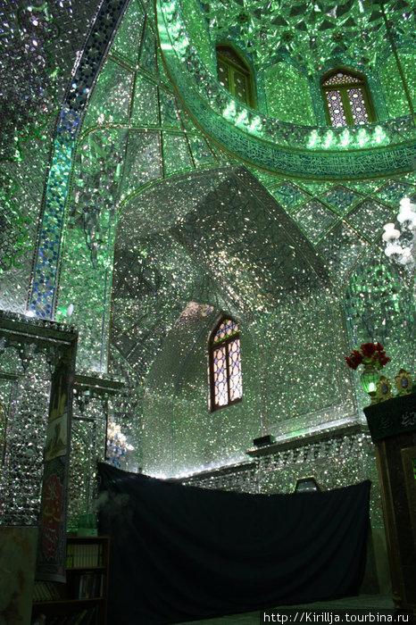 4. Шираз. Зеркальная мечеть.