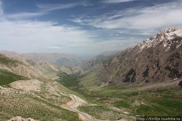 13. Мариван. Горы в Курдистане.