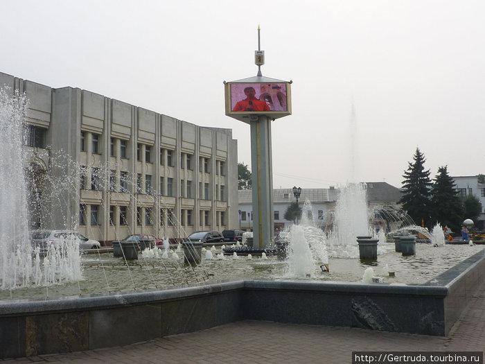 Главный фонтан Ярославля.