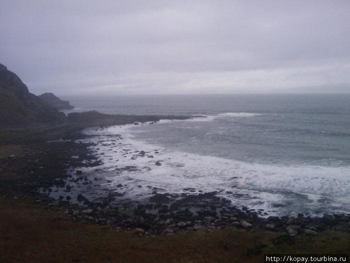 А где-то там...за горизонтом...Соединённые штаты. Здесь я просидел около часа, просто любуясь и слушая океанские волны.