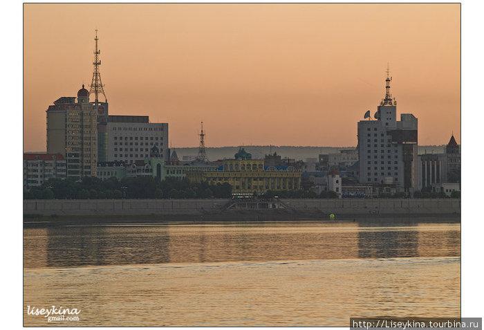 Китайская сторона реки Амур