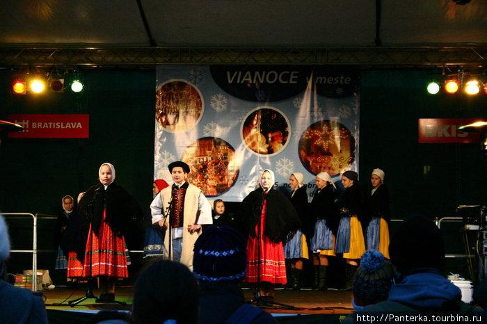 Вертеп и рождественский концерт