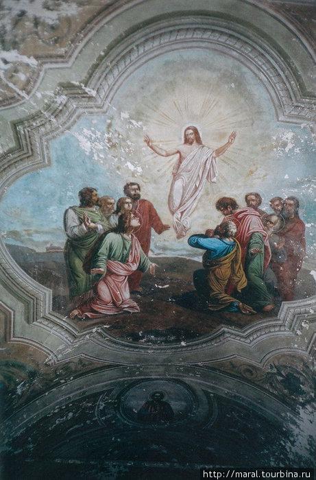 Первым делом в Покровском храме была восстановлена роспись