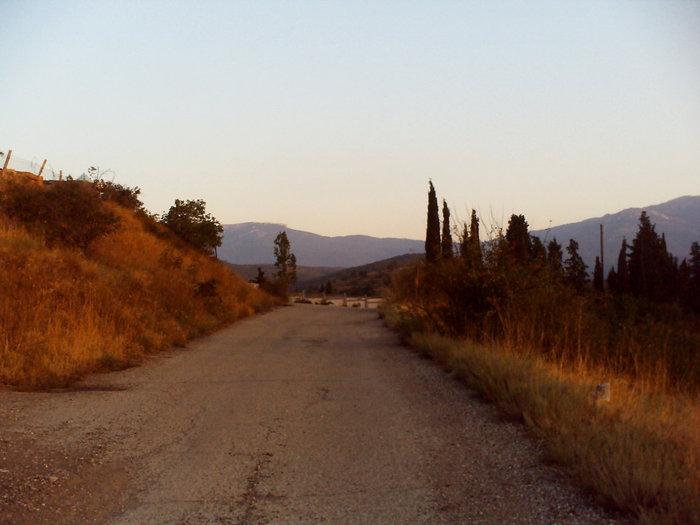 Пять минут и ты на окраине Малореченска любуешься горами