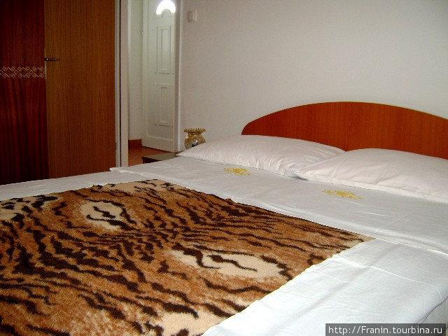 A2+2f, спальня