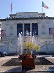 С 1885 года в этом здании располагается театр. Он вмещает 280 зрителей. Однако постоянной труппы там, конечно же, нет.