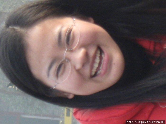 Девушка на улице г. Сиань