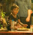 Обратити внимание на размер порции этого тайского мальчика :)