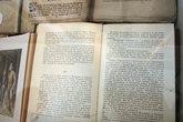 Действие исландских саг проходили и в этих местах. Вот и коллекция книг соответствующая. В том числе и на русском языке.