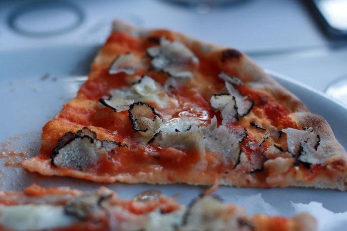 вкуснейшая пицца с трюфелями