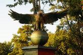Бронзовый орел