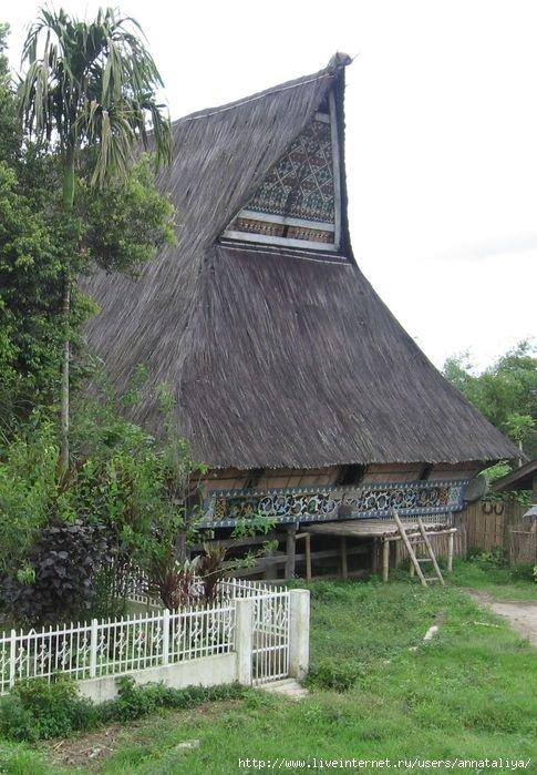 Традиционные дома батаков-каро