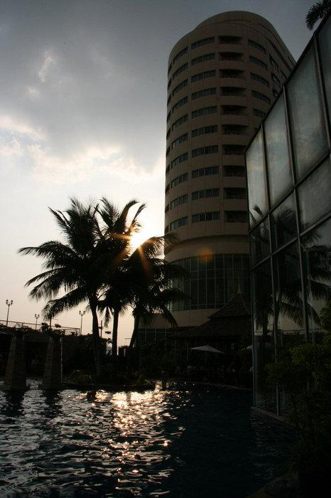 открытый бассейн на 11 этаже