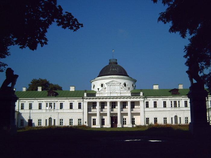 Дворец Тарновских