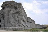 После 170 дневной осады гитлеровцы захватили катакомбы. Из примерно 13 000 человек, которые спустились вниз, в живых остались только 48.
