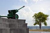 В годы Великой Отечественной войны Керчь стала ареной жестоких сражений между советскими и германскими войсками. Линия фронта четырежды проходила через город.