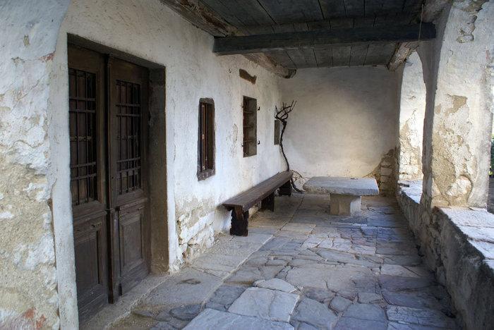 Старый дом в Хуме