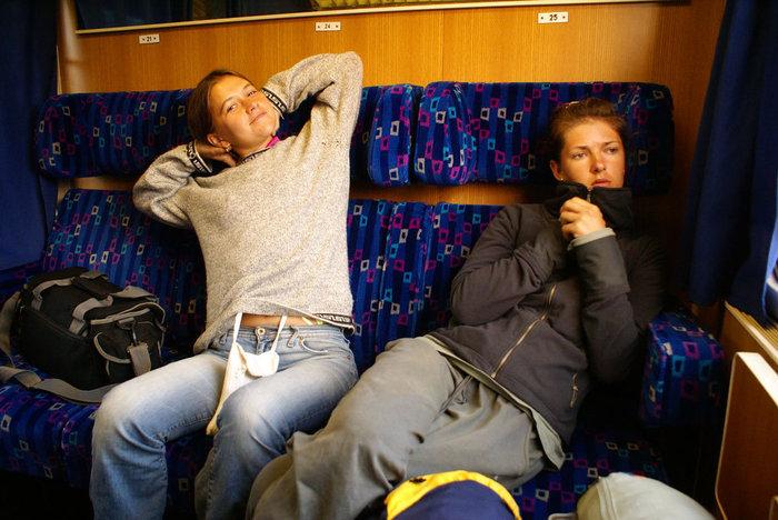 Утро в поезде Загреб-Белград. После бессонной ночи.