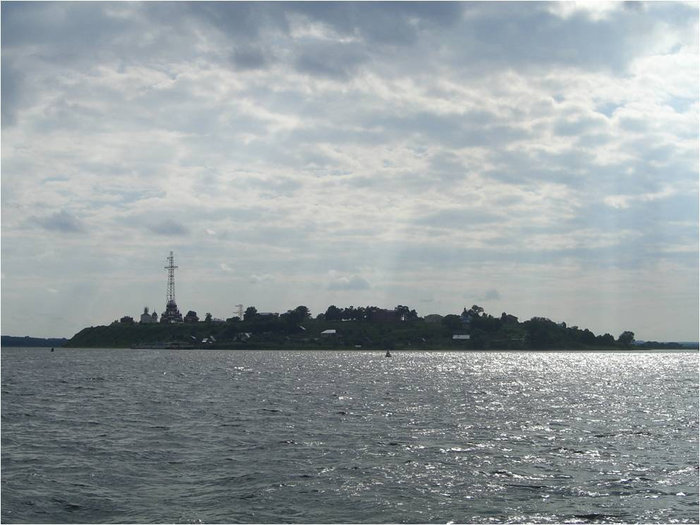 Остров Свияжск сквозь солнечные лучики