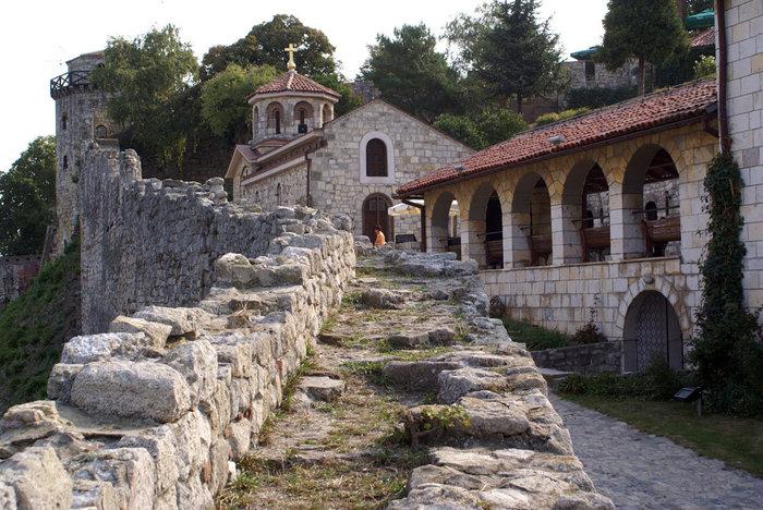 Церковь у входа в Белградскую крепость