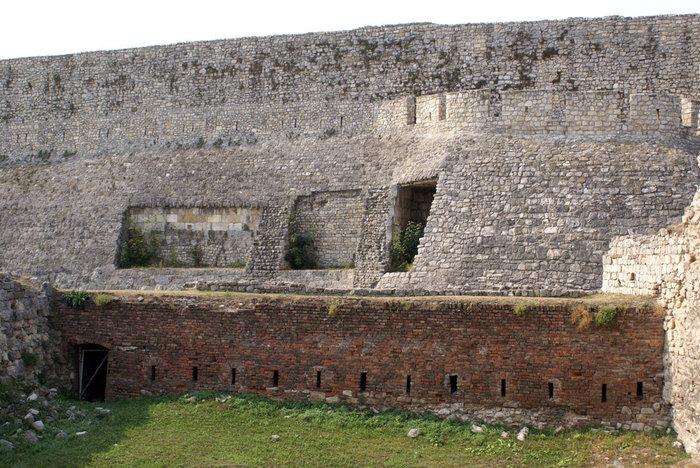 Стена Белградской крепости