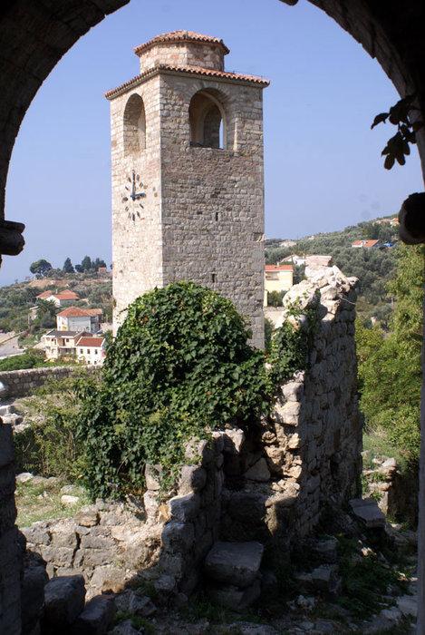 Башня в Старом Баре