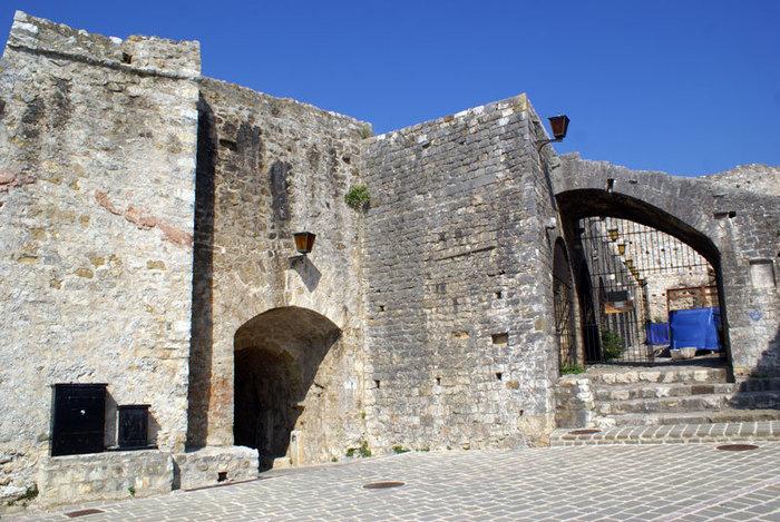 Крепость в городе Ульцин