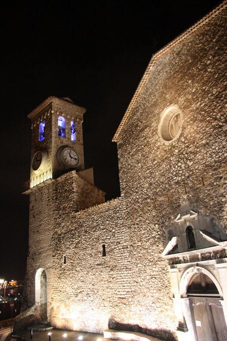 замок в Каннах