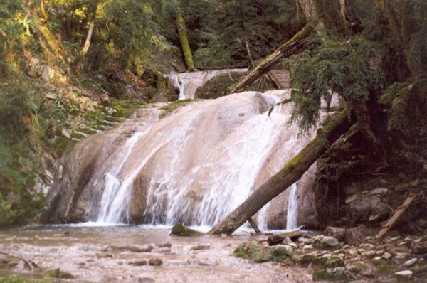 3 водопад — 3,5 м