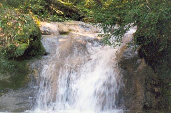 22 водопад — 2 м