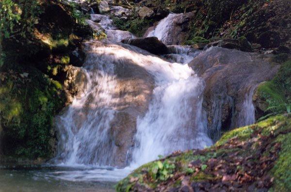 30 водопад — 2,5 м