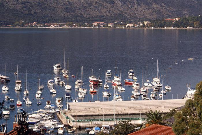 Яхты в Которе