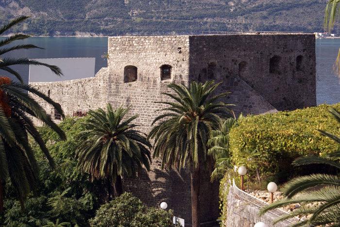 Крепость в Херцог Нови