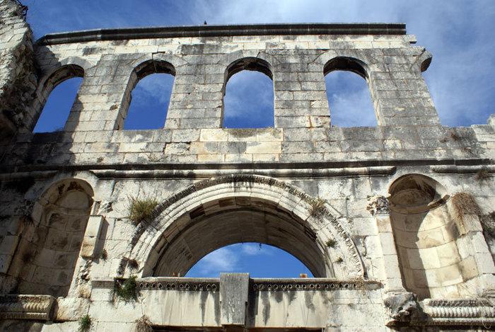Руины дворца Диоклетиана в Сплите