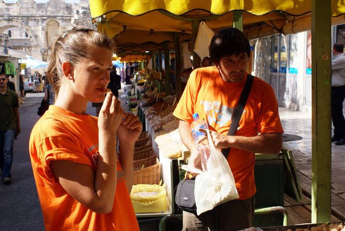 На рынке у стен Сплита