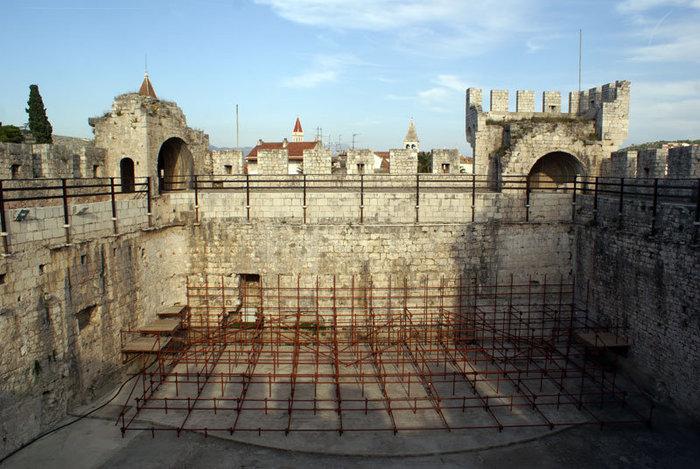 В крепости в Трогире