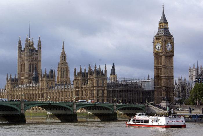 Парламент и река Темза
