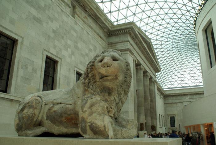 Лев из Книдоса в Британском музее в Лондоне
