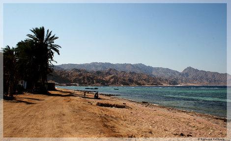 Пляж в Ассале
